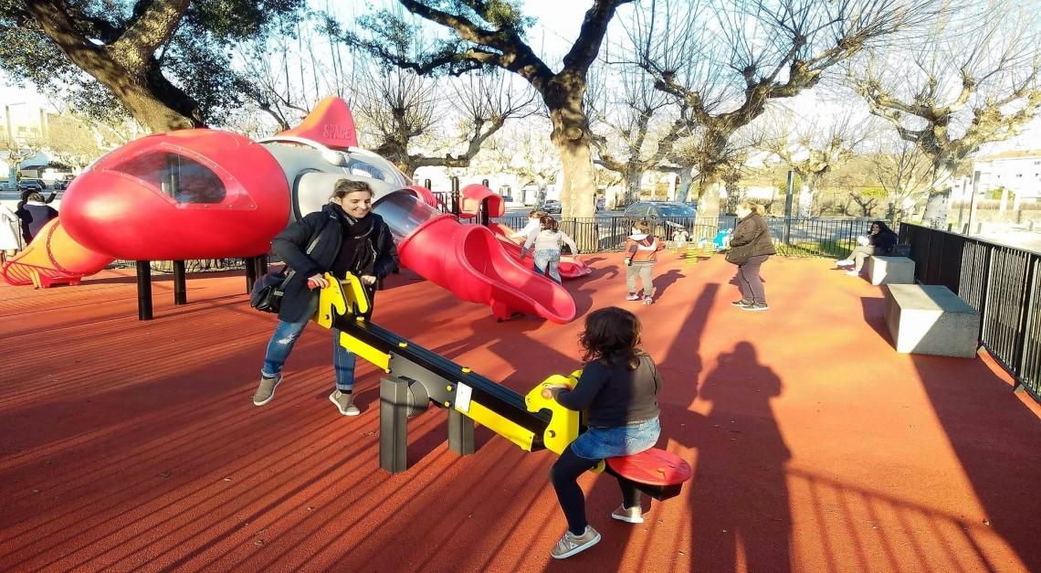Largo de S. Sebastião tem novo parque infantil e também vai receber aparelhos de manutenção física!