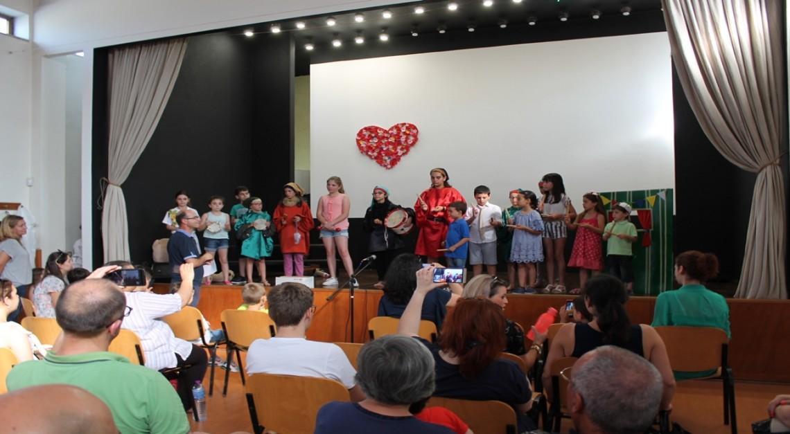 Vila de Prado. Projeto Expressar e Escola de Música juntos num espetáculo de teatro e melodia!