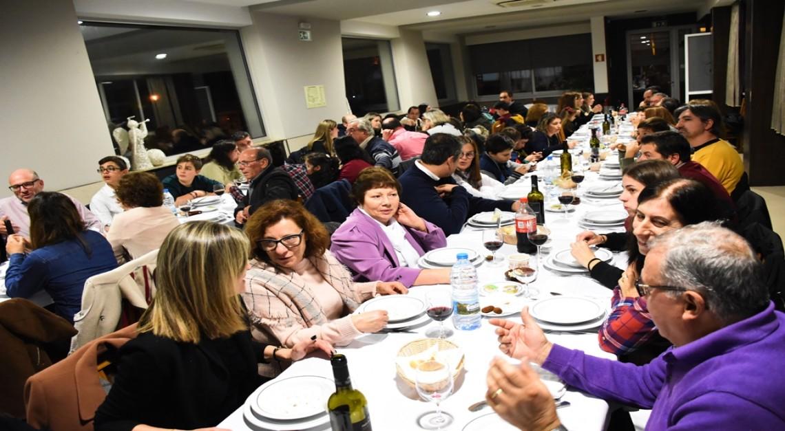 Clube de Karaté de Prado celebrou o Natal com jantar animado