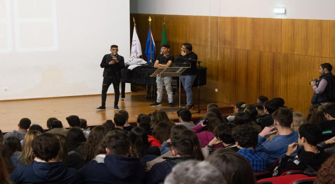 Centro Comunitário de Prado levou a 'História e Cultura Cigana' às escolas secundárias do concelho!