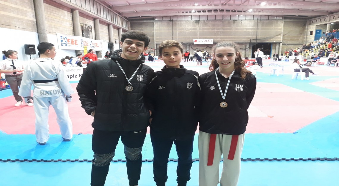 Taekwondo do GD Prado brilha na Galiza
