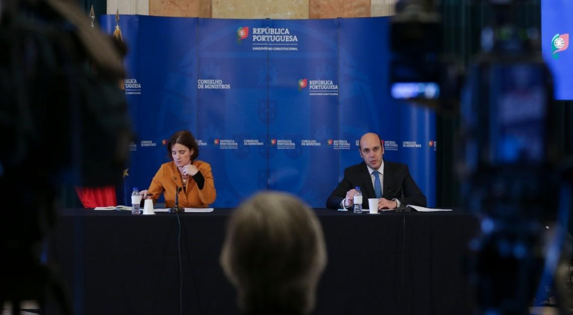 Governo aprova novas medidas de apoio às famílias e empresas