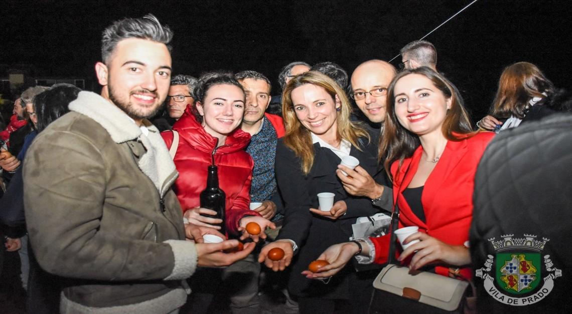 'Ovo à Janela 2020'. Este ano a tradição celebra-se em casa