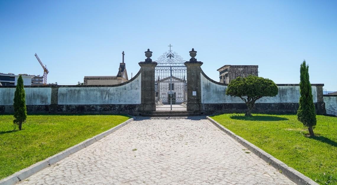 COVID-19. Levantamento de algumas restrições no acesso ao cemitério