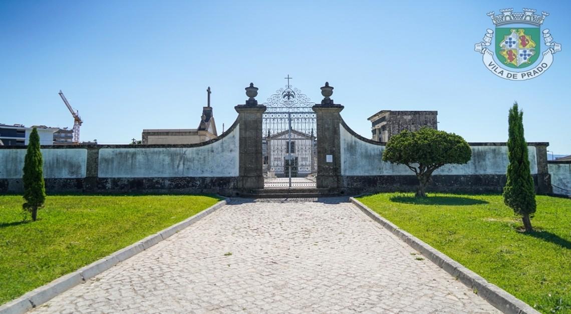 Dia de Todos os Santos. Cemitério da Vila de Prado aberto com restrições